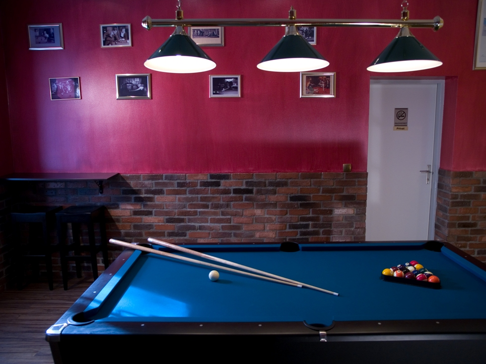 Fun Lounge- Billard