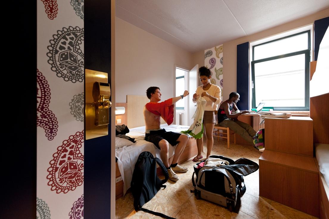 Sleep Well Youth Hostel Brussels Belgium Reviews