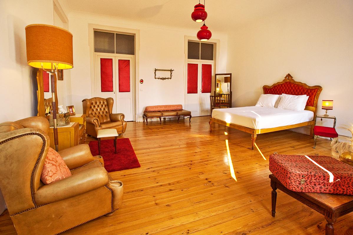hostel lisbon calling hostelz hostels compare prices