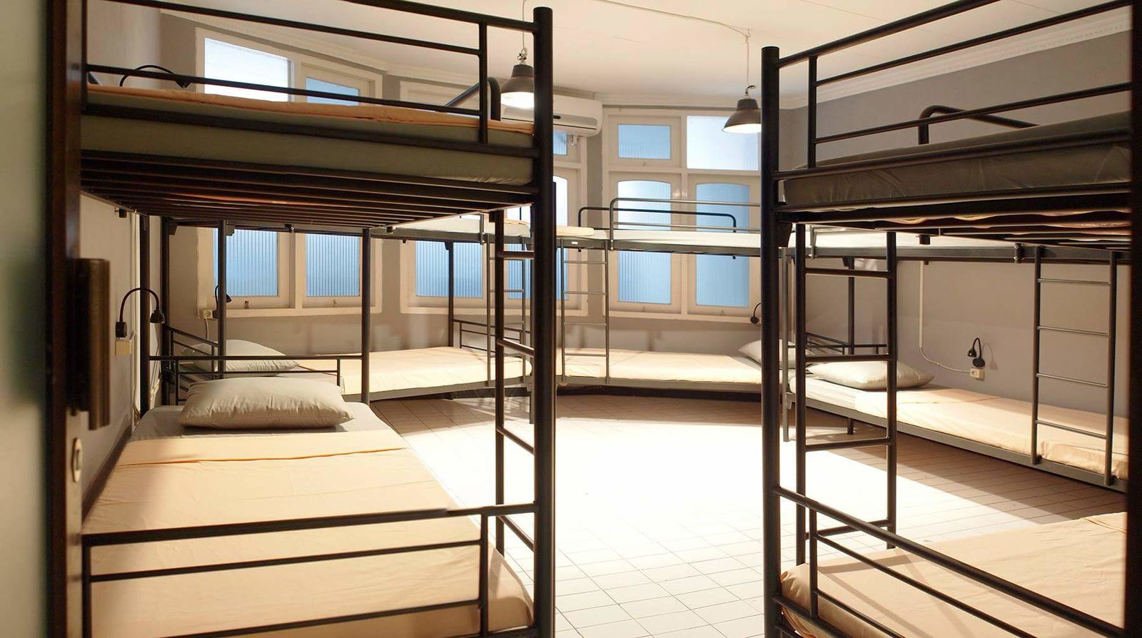 the Hostel shared bunk bed for 10 Persons
