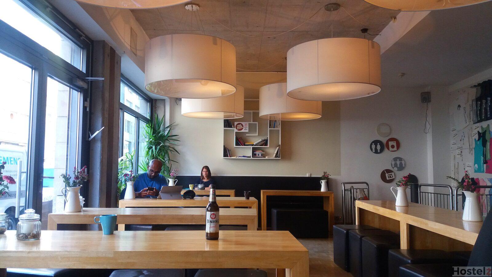 five elements hostel frankfurt frankfurt germany reviews. Black Bedroom Furniture Sets. Home Design Ideas