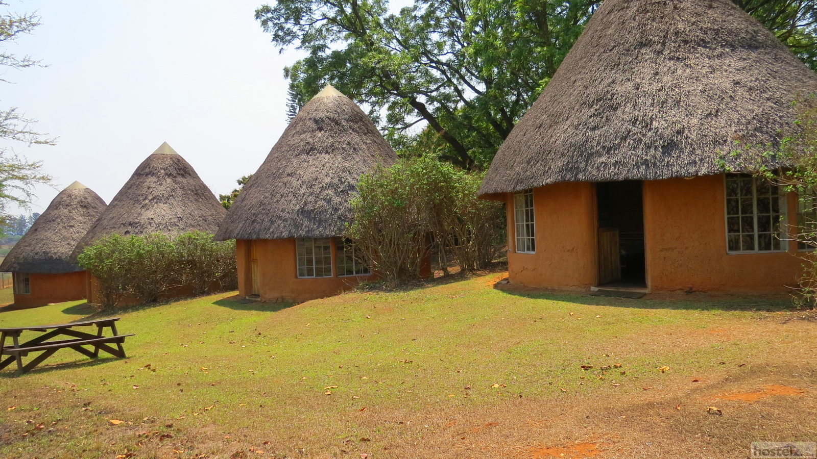 Double & Twin Huts